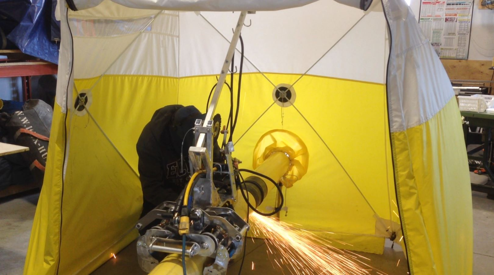 The tent has a dual access door that zips down and a pipe door allowing the pipe to pass though the tent keeping 100% controlled environment if conditions ... & Hex-Hut u2013 Rapid Fab